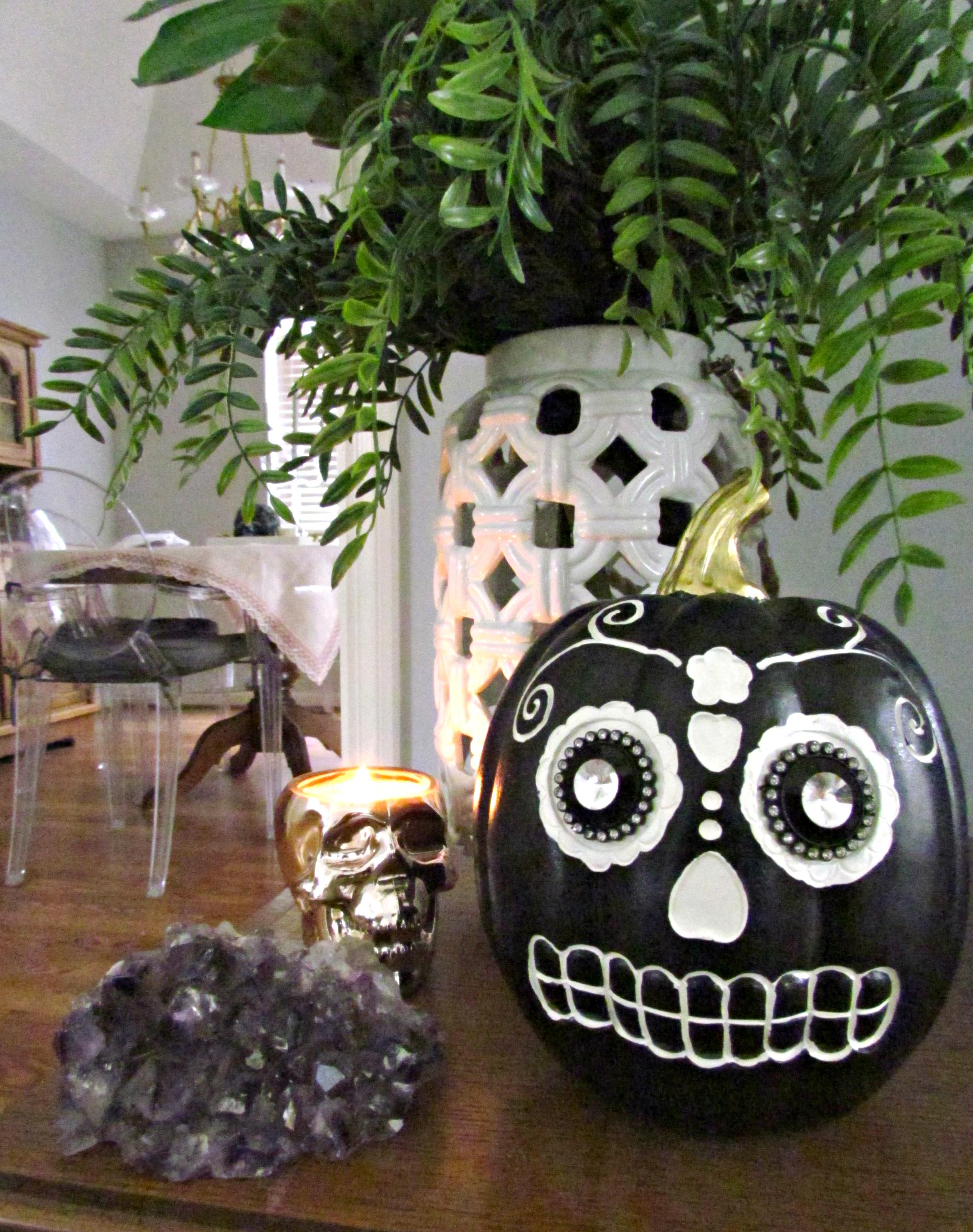 Modern Glam Halloween Decor Inspiration