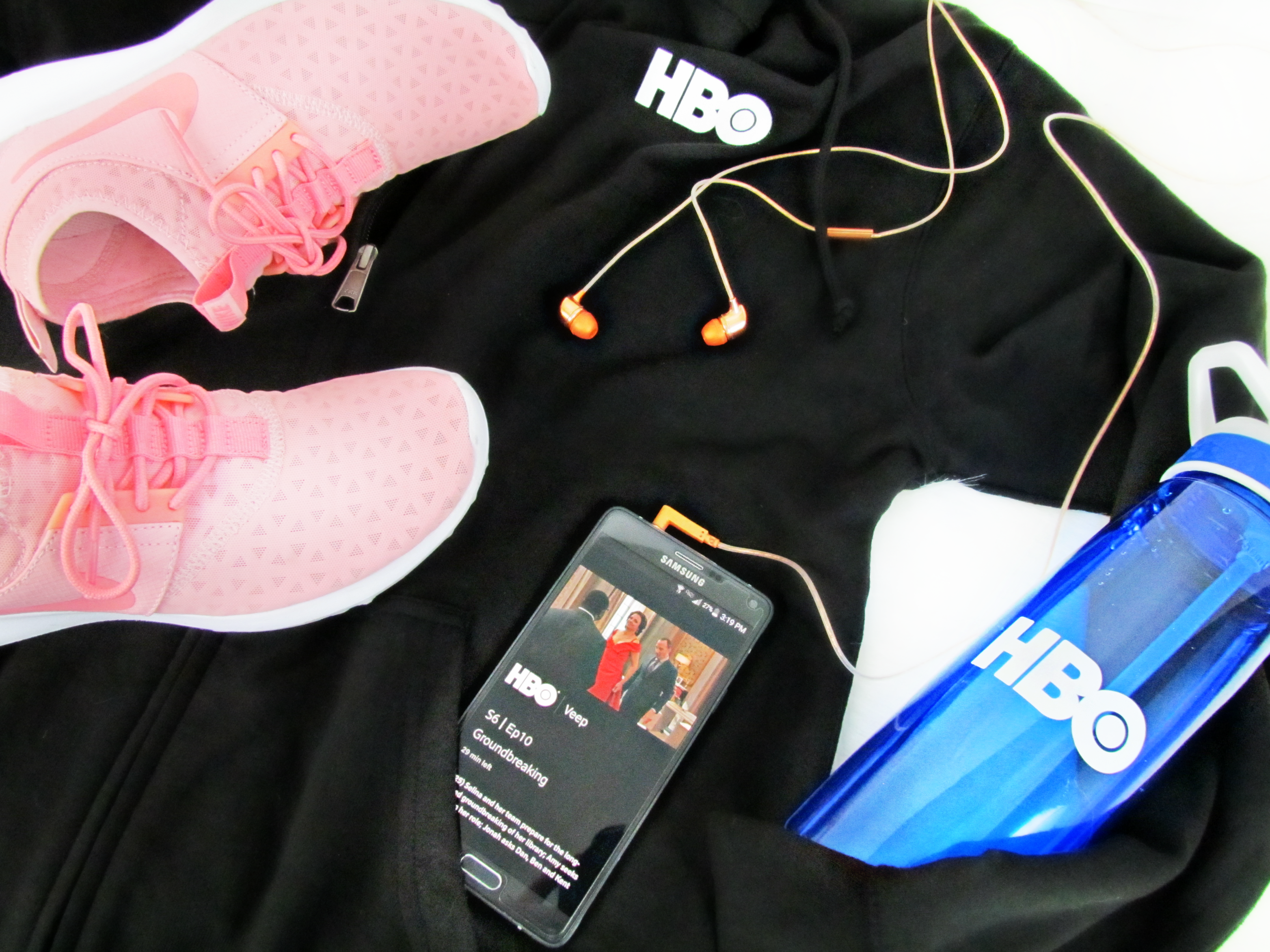 Girl Boss on the Go With HBO!